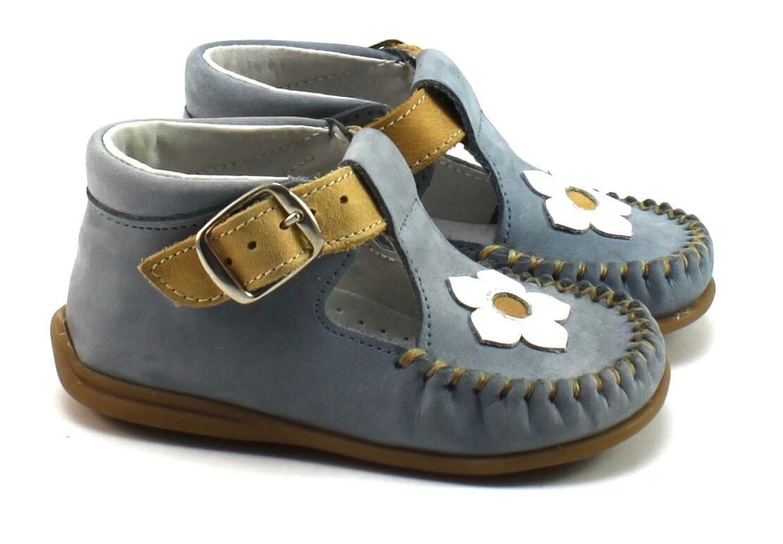 b016c252504 Sofia Nubuck Jeans het eerste loopschoentje voor meisjes koop je van ...